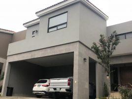 Foto de casa en venta en Hacienda Los Encinos, Monterrey, Nuevo León, 15301574,  no 01