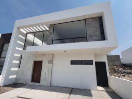 Foto de casa en venta en Loma Juriquilla, Querétaro, Querétaro, 17791876,  no 01