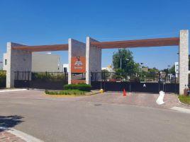 Foto de terreno habitacional en venta en El Campanario, Querétaro, Querétaro, 15371272,  no 01