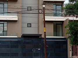 Foto de edificio en renta en Jardines del Moral, León, Guanajuato, 15236413,  no 01