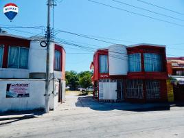 Foto de edificio en renta en calle 10 de julio , francisco villa (mamantel), carmen, campeche, 0 No. 01