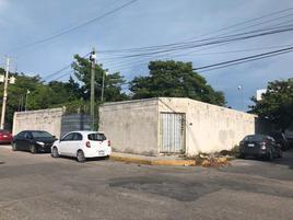Foto de terreno habitacional en renta en calle 51-a , pallas, carmen, campeche, 17846101 No. 01