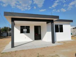 Foto de casa en venta en calle circunvalacion 20, san lucas tlacochcalco, santa cruz tlaxcala, tlaxcala, 0 No. 01