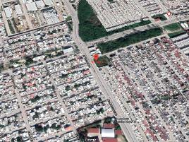 Foto de terreno habitacional en venta en calle san charbel por avenida contadores , villas de santa ana, carmen, campeche, 0 No. 01