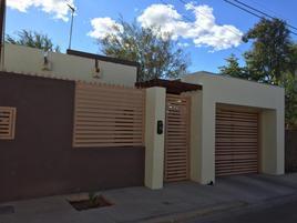 Foto de casa en venta en callejón querétaro frente de casa y avenida san luis potosí otro frente 620, loma linda, mexicali, baja california, 0 No. 01