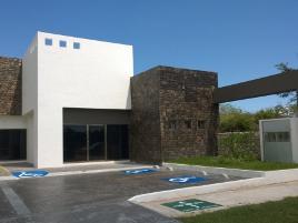 Foto de edificio en venta en  , caucel, mérida, yucatán, 0 No. 01