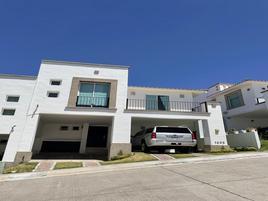 Foto de casa en condominio en venta en cerrada fray sebastián de aparicio , lomas del pedregal, irapuato, guanajuato, 20053783 No. 01