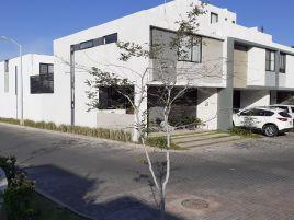 Foto de casa en venta en Puerta del Bosque, Zapopan, Jalisco, 14738667,  no 01