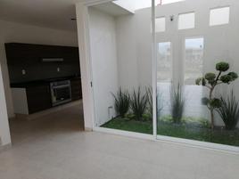 Foto de casa en venta en circuito 369, nuevo vergel, morelia, michoacán de ocampo, 15997845 No. 01
