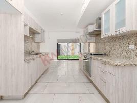 Foto de casa en venta en circuito colibrí 254, los viñedos, torreón, coahuila de zaragoza, 0 No. 01