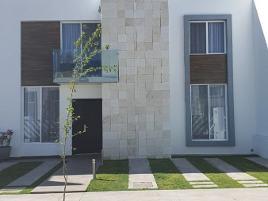 Foto de casa en renta en  , colinas del poniente, aguascalientes, aguascalientes, 0 No. 01