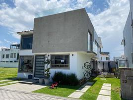 Foto de casa en renta en condado del valle 111, san miguel totocuitlapilco, metepec, méxico, 0 No. 01