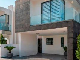 Foto de casa en venta en Centro Ocoyoacac, Ocoyoacac, México, 15975790,  no 01