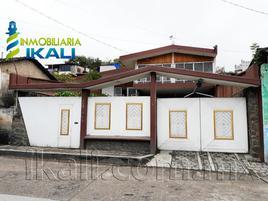 Foto de casa en venta en jose maría morelos y pavón 402, papantla centro, papantla, veracruz de ignacio de la llave, 0 No. 01