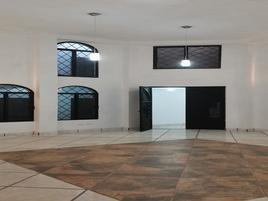 Foto de edificio en renta en plateros , las huertas, guanajuato, guanajuato, 20198540 No. 01