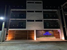Foto de edificio en venta en prolongación avenida la luna , supermanzana 312, benito juárez, quintana roo, 0 No. 01
