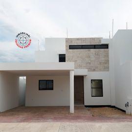 Foto de casa en venta en Cholul, Mérida, Yucatán, 19824032,  no 01