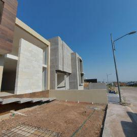 Foto de casa en venta en Bosque Monarca, Morelia, Michoacán de Ocampo, 20336159,  no 01