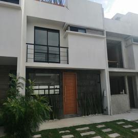 Foto de casa en venta en 15 de mayo 1, antigua hacienda, puebla, puebla, 17572634 No. 01