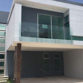 Foto de casa en venta en Lomas de Angelópolis II, San Andrés Cholula, Puebla, 4755117,  no 01