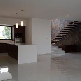 Foto de casa en venta en Lomas de Angelópolis II, San Andrés Cholula, Puebla, 19926516,  no 01