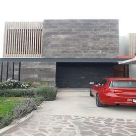 Foto de casa en venta en  , altozano el nuevo querétaro, querétaro, querétaro, 19262077 No. 01