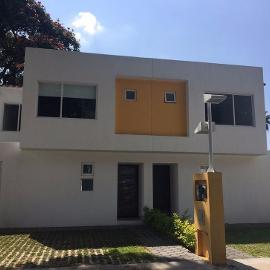 Foto de casa en venta en avenida cuahtemoc y atlacomulco , cantarranas, cuernavaca, morelos, 0 No. 01