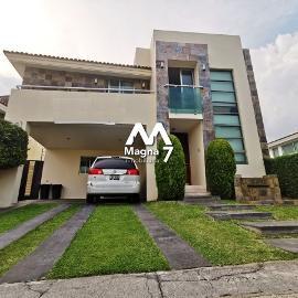 Foto de casa en venta en avenida lopez mateos sur , el centarro, tlajomulco de zúñiga, jalisco, 13861569 No. 01