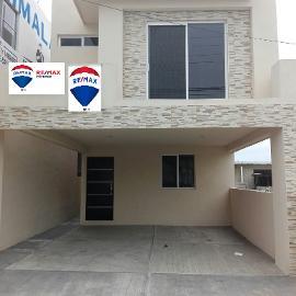 Foto de casa en venta en avenida mèdicos 0, unidad modelo, tampico, tamaulipas, 4597500 No. 01