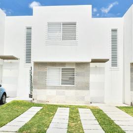 Foto de casa en renta en avenida santuario de guadalupe 989 condominio olivo casa 91 , paseos del bosque, corregidora, querétaro, 0 No. 01
