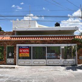 Foto de casa en venta en Merida Centro, Mérida, Yucatán, 19840519,  no 01