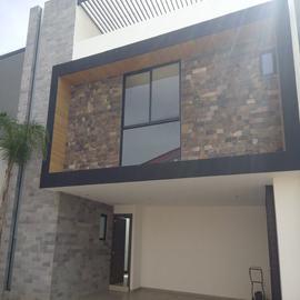 Foto de casa en venta en  , bugambilias, puebla, puebla, 18984043 No. 01
