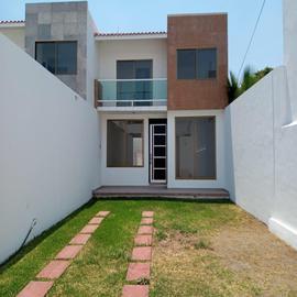 Foto de casa en venta en casa de 3 recamaras con jardin , gabriel tepepa, cuautla, morelos, 0 No. 01