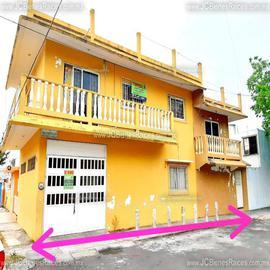Foto de casa en venta en  , chivería infonavit, veracruz, veracruz de ignacio de la llave, 18761435 No. 01