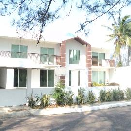 Foto de casa en venta en  , club de golf villa rica, alvarado, veracruz de ignacio de la llave, 2284956 No. 01