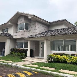 Foto de casa en venta en  , club de golf villa rica, alvarado, veracruz de ignacio de la llave, 5362284 No. 01
