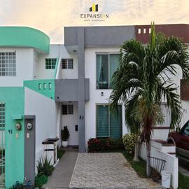 Foto de casa en venta en  , cordilleras, boca del río, veracruz de ignacio de la llave, 20044998 No. 01