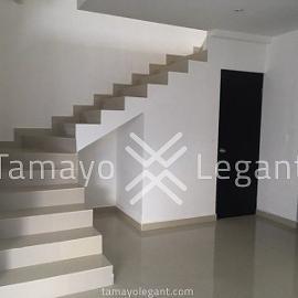 Foto de casa en venta en  , cumbres elite sector la hacienda, monterrey, nuevo león, 4524585 No. 01