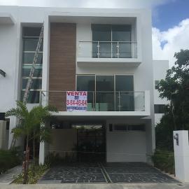 Foto de casa en venta en fuente de pisa , cancún centro, benito juárez, quintana roo, 0 No. 01