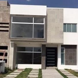 Foto de casa en venta en  , hacienda san josé, toluca, méxico, 3026858 No. 01