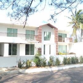 Foto de casa en venta en hernan cortés , club de golf villa rica, alvarado, veracruz de ignacio de la llave, 2105719 No. 01