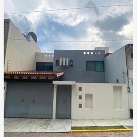 Foto de casa en venta en  , jardines de zavaleta, puebla, puebla, 22121847 No. 01