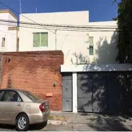 Foto de casa en venta en la rioja 3026, colomos providencia, guadalajara, jalisco, 0 No. 01