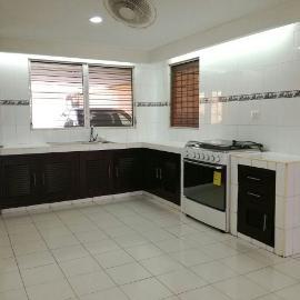 Foto de casa en renta en  , loma bonita xcumpich, mérida, yucatán, 4643075 No. 01