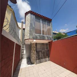 Foto de casa en venta en  , loma escondida, tlalnepantla de baz, méxico, 0 No. 01