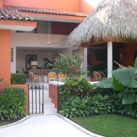 Foto de casa en venta en paseo golondrinas , club de golf, zihuatanejo de azueta, guerrero, 2927028 No. 01