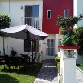 Foto de casa en venta en rebeldes 17 , centro, yautepec, morelos, 0 No. 01