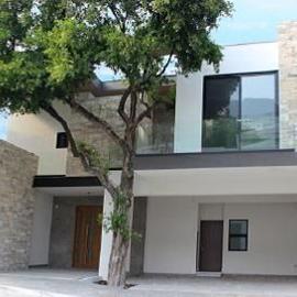 Foto de casa en venta en  , residencial chipinque 1 sector, san pedro garza garcía, nuevo león, 3491139 No. 01