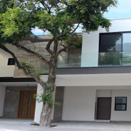 Foto de casa en venta en  , residencial chipinque 1 sector, san pedro garza garcía, nuevo león, 4321794 No. 01