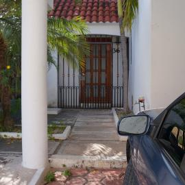 Foto de casa en venta en sm 18 , cancún centro, benito juárez, quintana roo, 0 No. 01